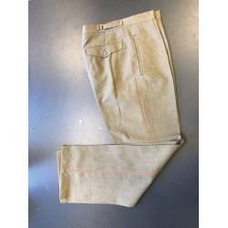 Pruunid mundri püksid, punase triibuga