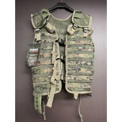 101INC Molle vest, digital woodland