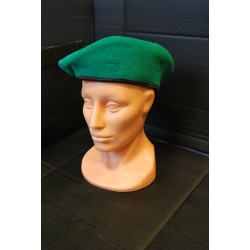 Czechoslovakian beret, green