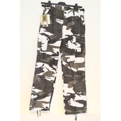 Women BDU style field pants, urban camo