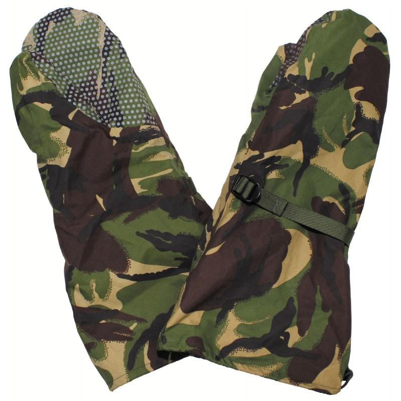 British Gore-tex mittens, DPM camo