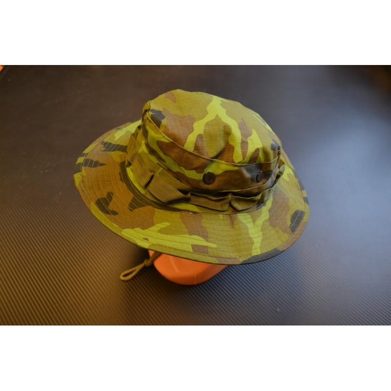 US GI Bush Hat, Rip Stop, chin strap, M 95 CZ camo