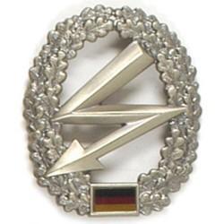 Metal Bundeswehr beret crest, Fernmelder