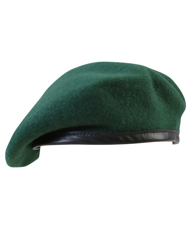 5b24053ed0697 British army style beret